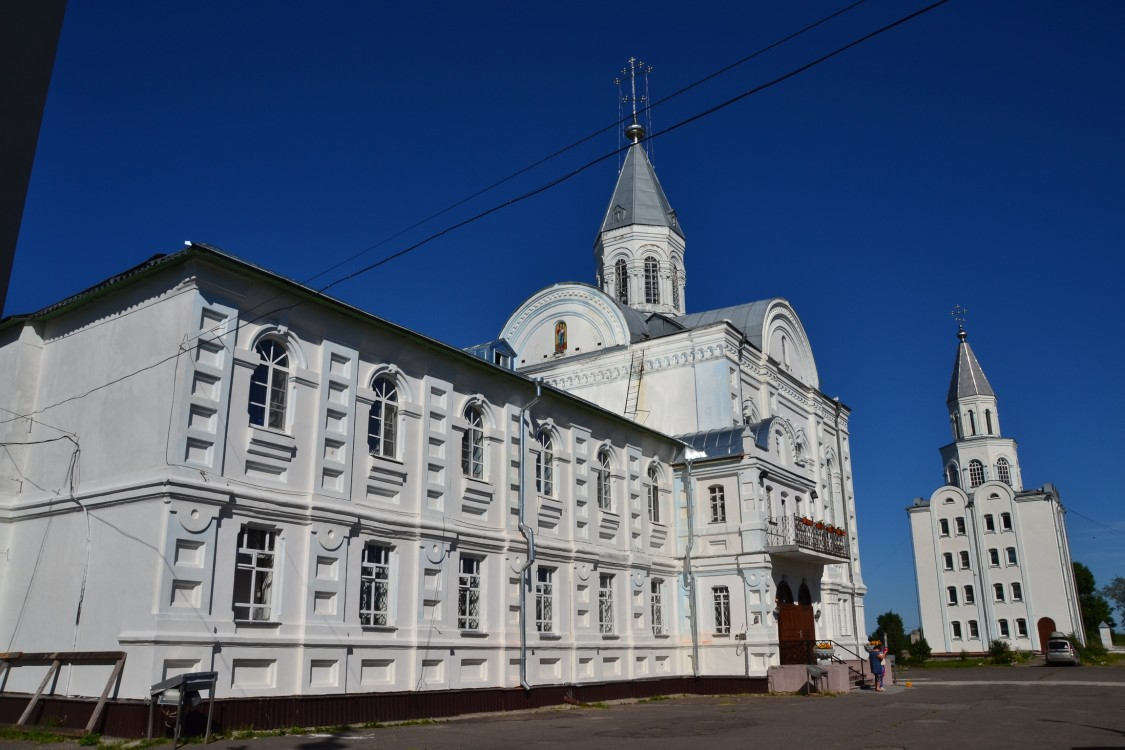 Коряжемский Николаевский монастырь. Церковь Лонгина Коряжемского, Коряжма