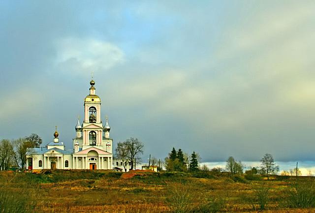 Ивановская область, Ильинский район, Погост-Крест. Монастырь Животворящего Креста Господня, фотография. общий вид в ландшафте