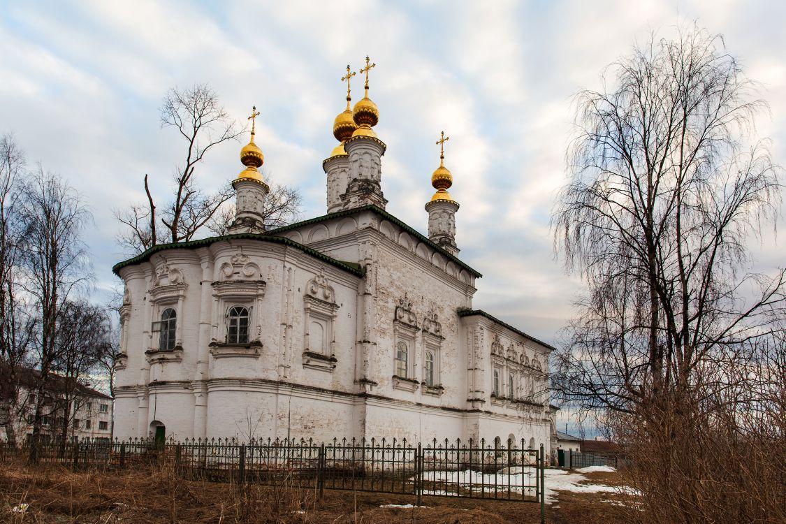 Вологодская область, Великоустюгский район, Великий Устюг. Церковь Жён-мироносиц, фотография.