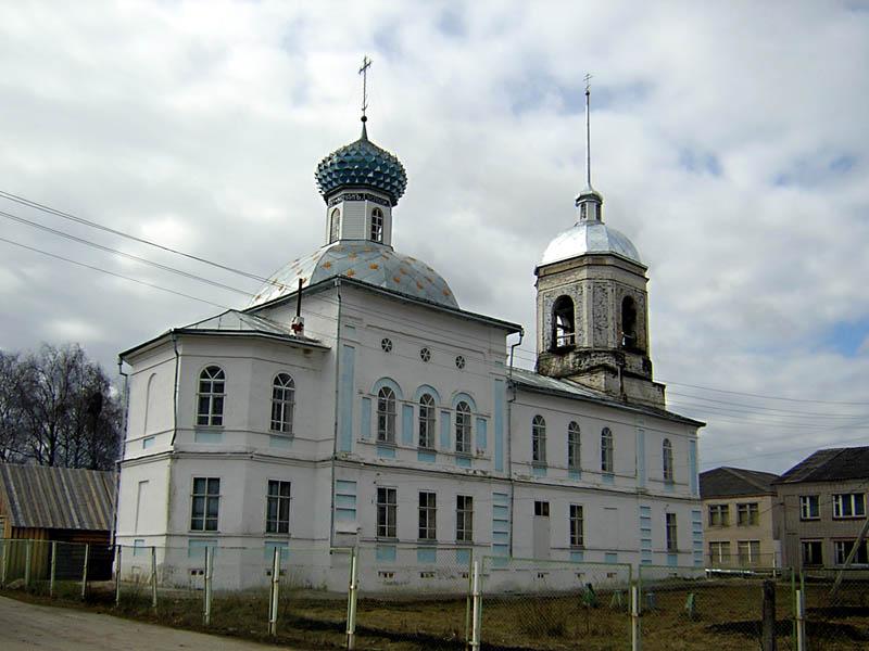 Вологодская область, Шекснинский район, Сизьма. Церковь Николая Чудотворца, фотография. общий вид в ландшафте