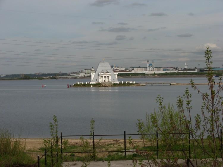 Храм-памятник Спаса Нерукотворного Образа, Казань