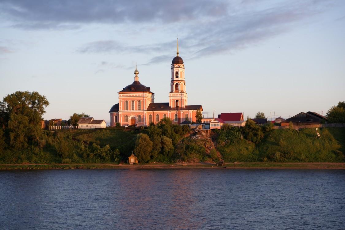 Церковь Троицы Живоначальной, Нижние Муллы