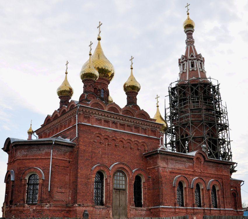 Церковь Михаила Архангела, Красное
