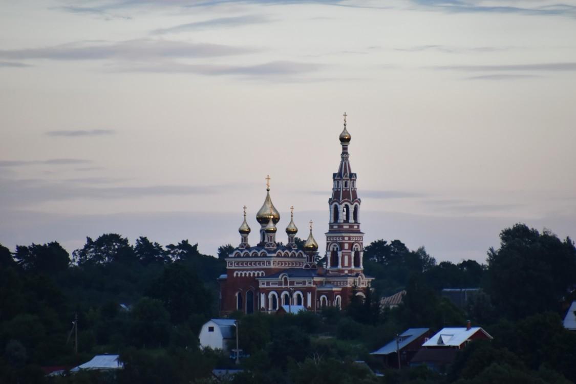 Калужская область, Боровский район, Красное. Церковь Михаила Архангела, фотография. художественные фотографии