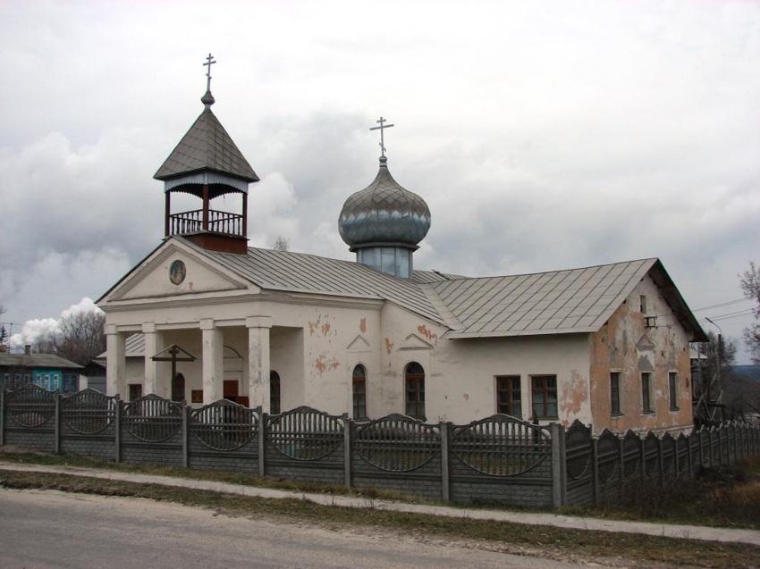 Брянская область, Фокино, город, Фокино. Церковь Рождества Пресвятой Богородицы, фотография. общий вид в ландшафте