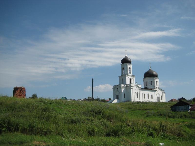 Нижегородская область, Сергачский район, Сергач. Церковь Илии Пророка в Ключёве, фотография. общий вид в ландшафте