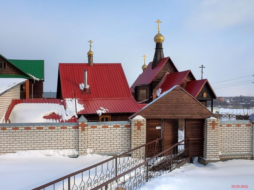Александро-Невский монастырь, Маклаково