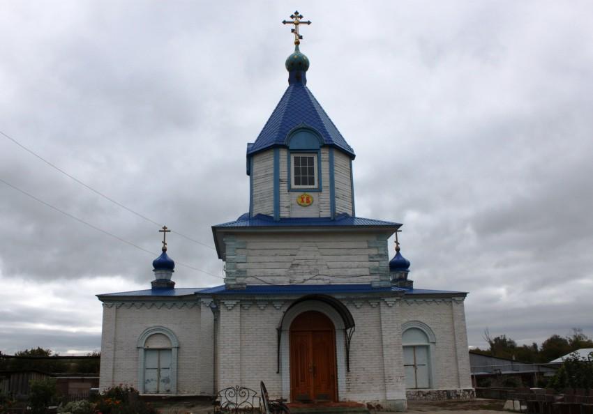 Оренбургская область, Саракташский район, Студенцы. Церковь Покрова Пресвятой Богородицы, фотография. фасады