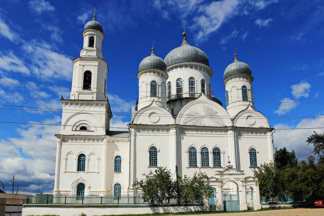 Челябинская область, Каслинский район, Касли. Церковь Вознесения Господня, фотография. фасады