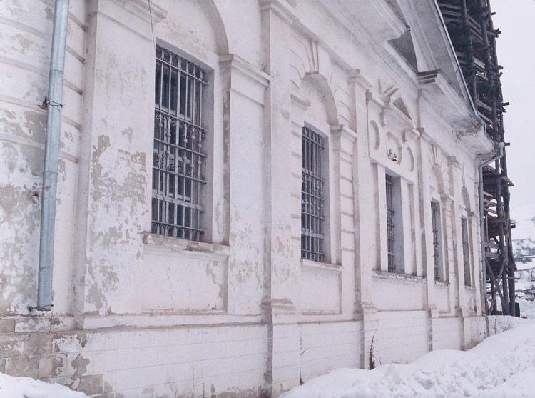Церковь Введения во храм Пресвятой Богородицы, Миньяр