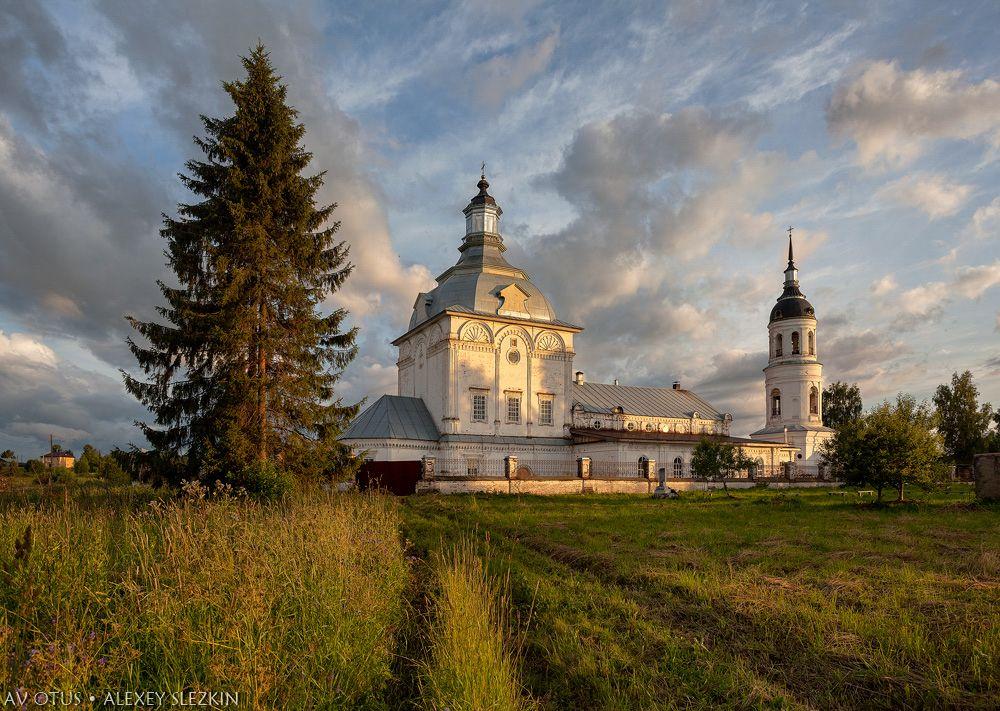 Церковь Троицы Живоначальной, Чудиново
