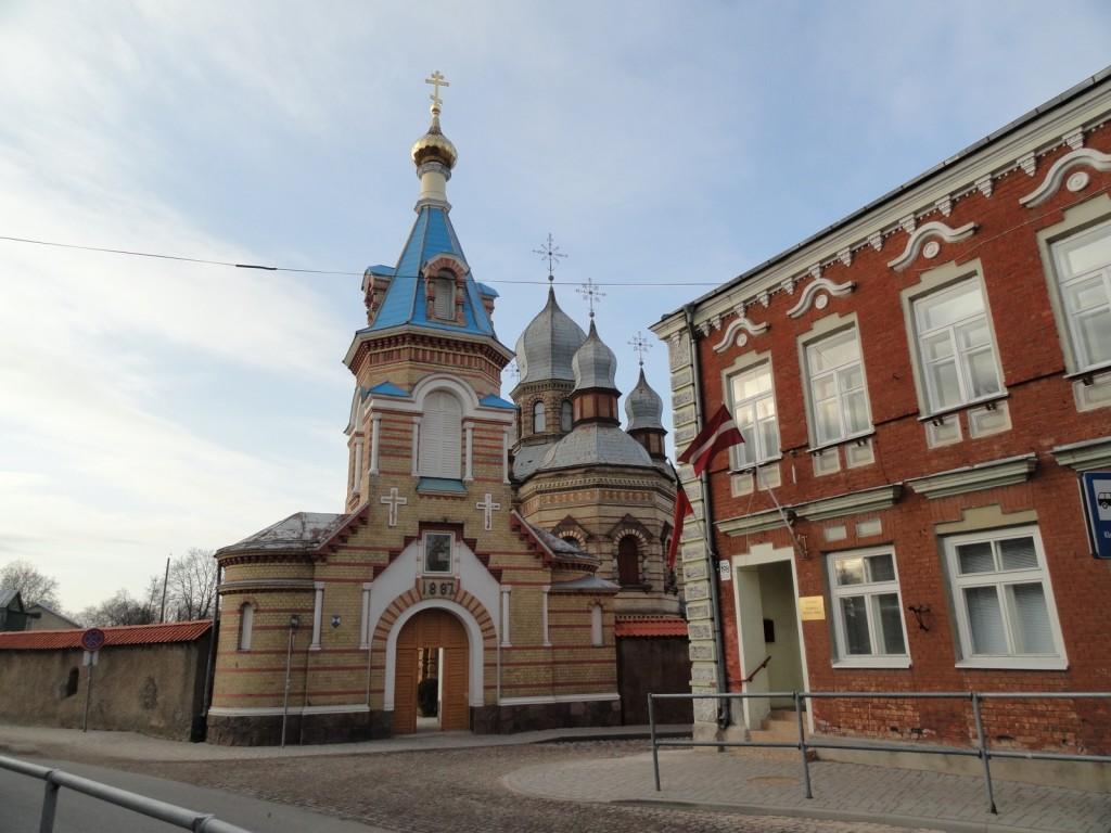 Латвия, Екабпилс, город, Екабпилс. Екабпилсский Свято-Духов мужской монастырь, фотография. фасады
