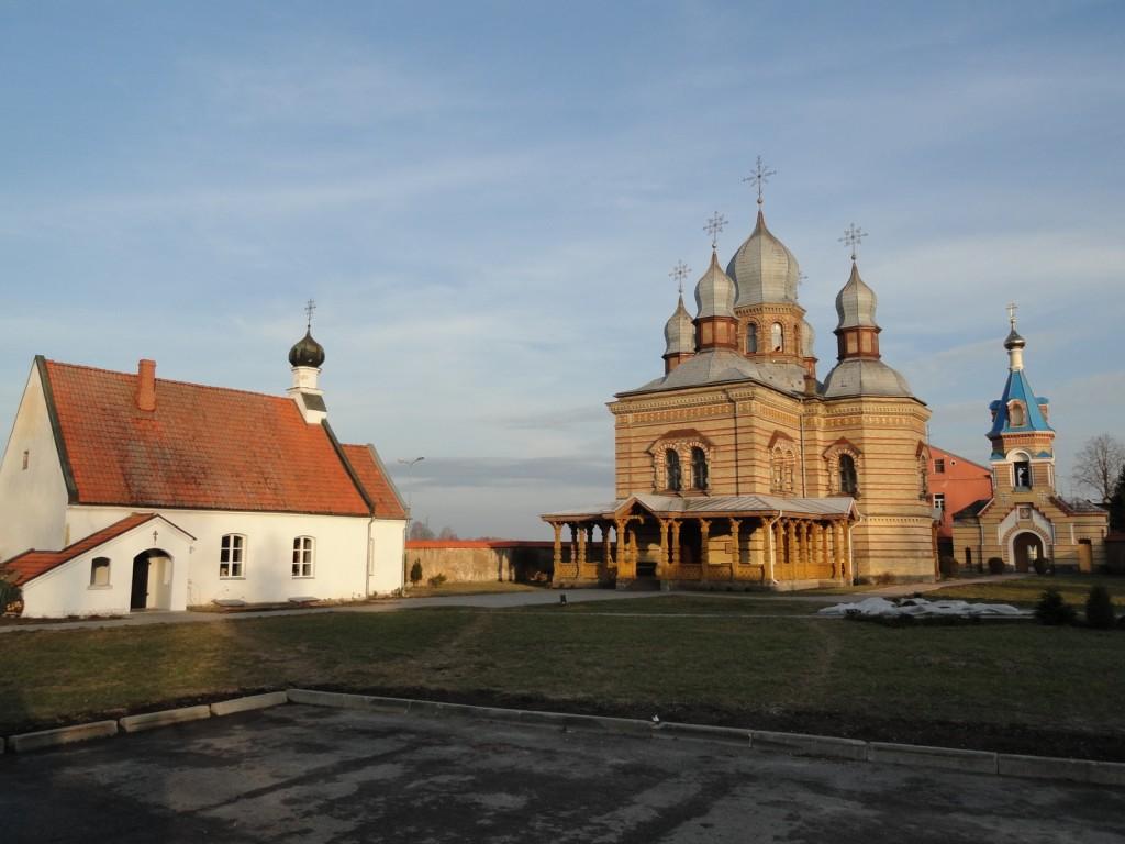Екабпилсский Свято-Духов мужской монастырь-Екабпилс-Екабпилс, город-Латвия