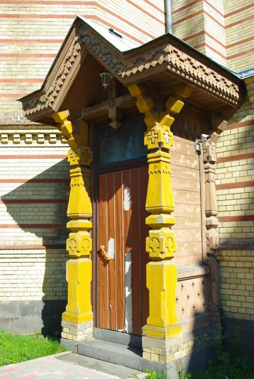 Екабпилсский Свято-Духов мужской монастырь. Церковь Сошествия Святого Духа, Екабпилс