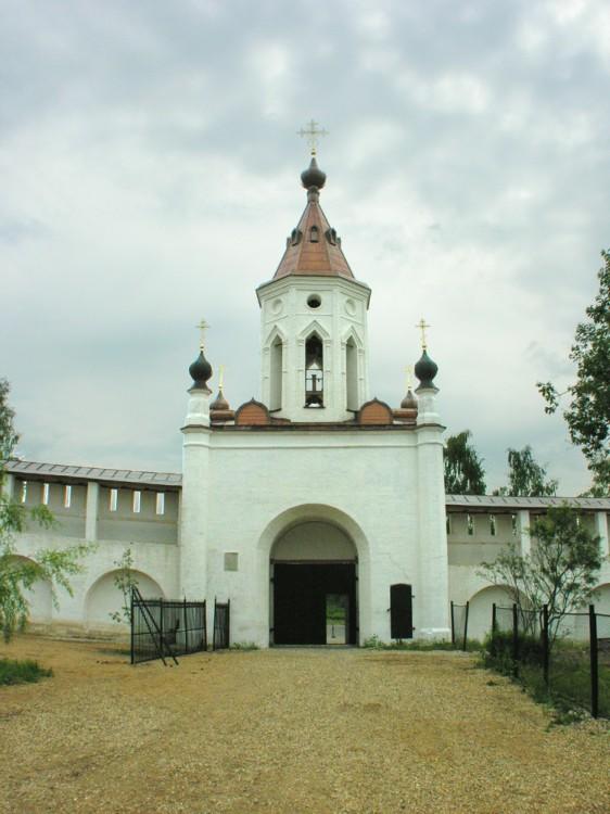 Старицкий Успенский мужской монастырь. Неизвестная надвратная часовня, Старица
