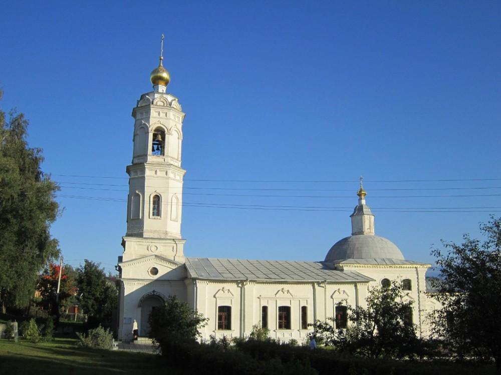 Церковь Богоявления Господня, Красный