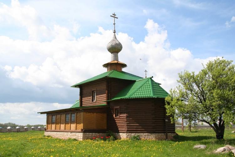Церковь Иверской иконы Божией Матери, Захново