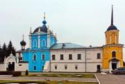 Коломна. Покрова Пресвятой Богородицы Ново-Голутвина монастыря, церковь