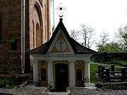 Киев. Выдубицкий монастырь. Неизвестная часовня