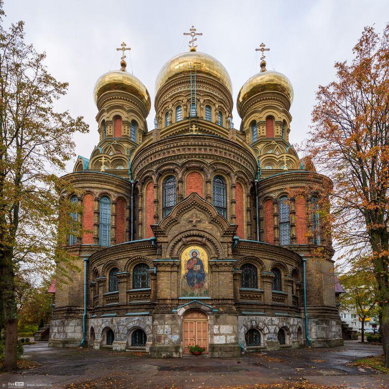 Латвия, Лиепая, город, Лиепая. Собор Николая Чудотворца, фотография. фасады, восточный фасад