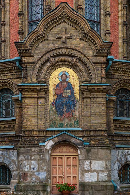Латвия, Лиепая, город, Лиепая. Собор Николая Чудотворца, фотография. архитектурные детали, восточный фасад