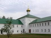 Фролищи. Успенский мужской монастырь Флорищева пустынь. Церковь Зосимы и Савватия