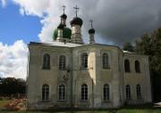 Севск. Троицкий Севский мужской монастырь. Собор Троицы Живоначальной