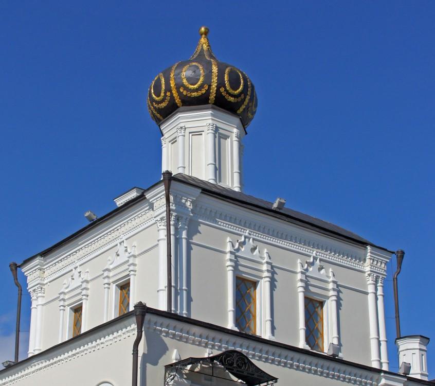 Кремль. Церковь Сошествия Святого Духа при Губернаторском дворце, Казань