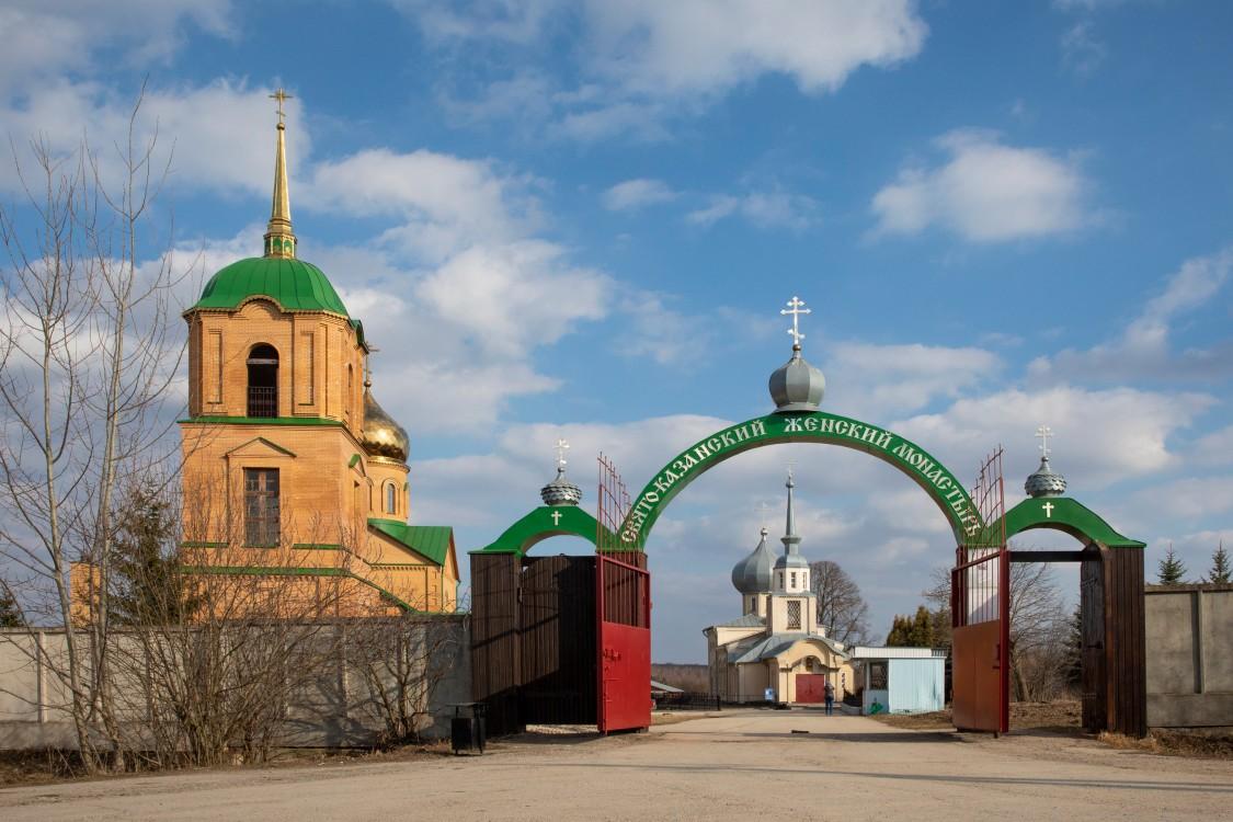 Тульская область, Алексин, город, Колюпаново. Казанский женский монастырь, фотография. общий вид в ландшафте