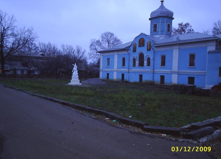 Тамбовская область, Мичуринский район и г. Мичуринск, Мичуринск. Козловский Троицкий монастырь, фотография. фасады