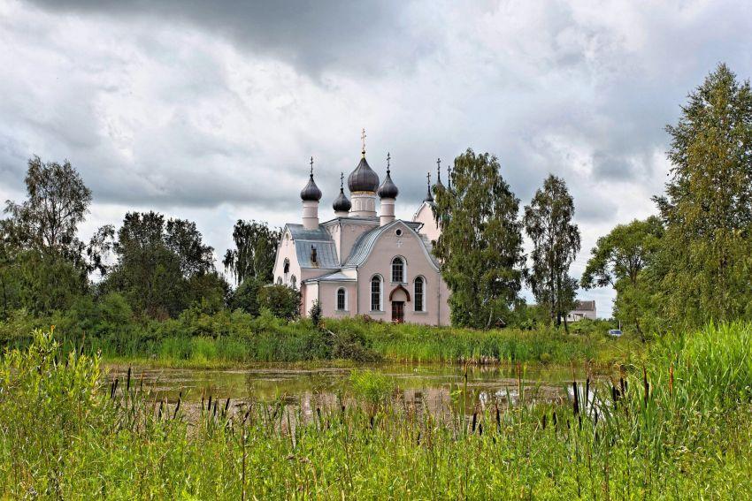 Церковь Троицы Живоначальной-Уницы-Кашинский городской округ-Тверская область