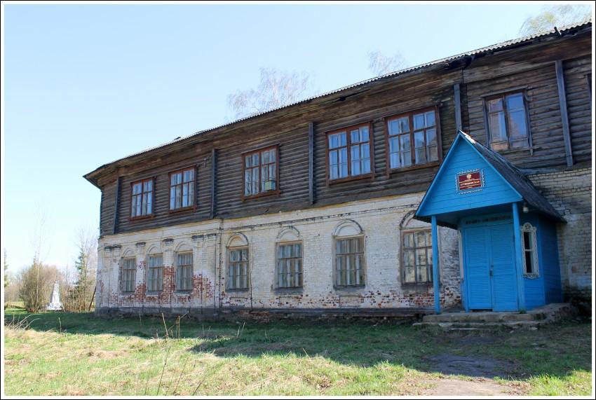 Церковь Димитрия Солунского, Игрищи