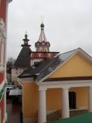 Звенигород. Саввино-Сторожевский монастырь. Надвратная церковь Троицы Живоначальной