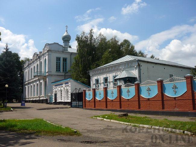 Краснодарский край, Кореновский район, Кореновск. Успенский женский монастырь, фотография. общий вид в ландшафте