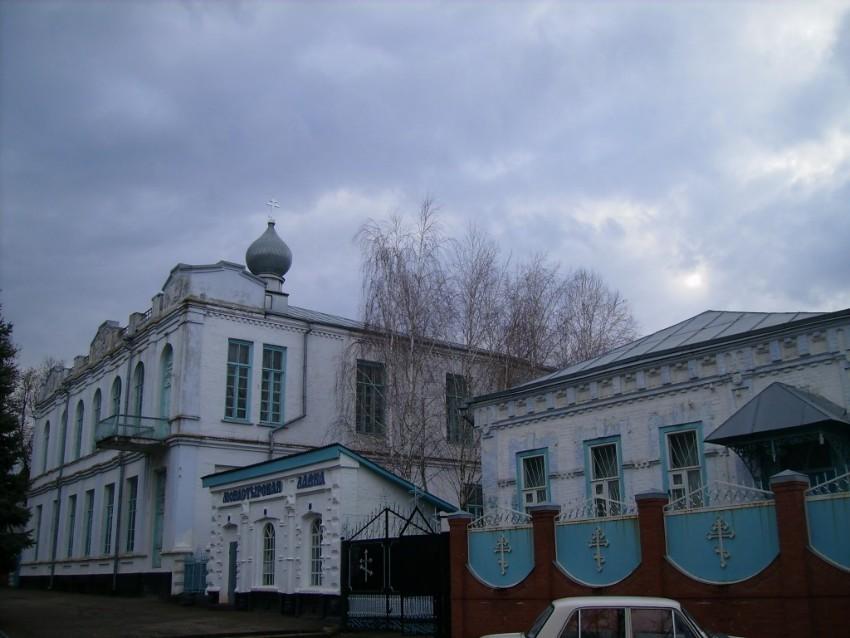 Краснодарский край, Кореновский район, Кореновск. Успенский женский монастырь, фотография. общий вид в ландшафте, Вид  с  севера