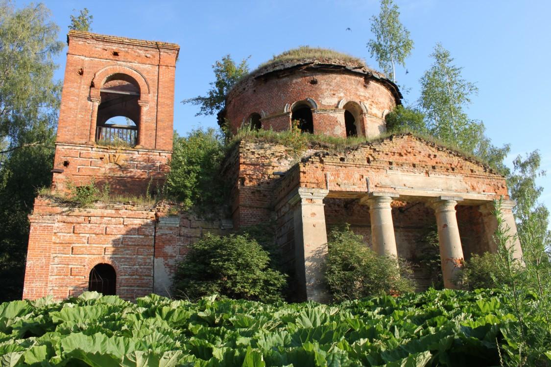 Церковь Троицы Живоначальной, Величево
