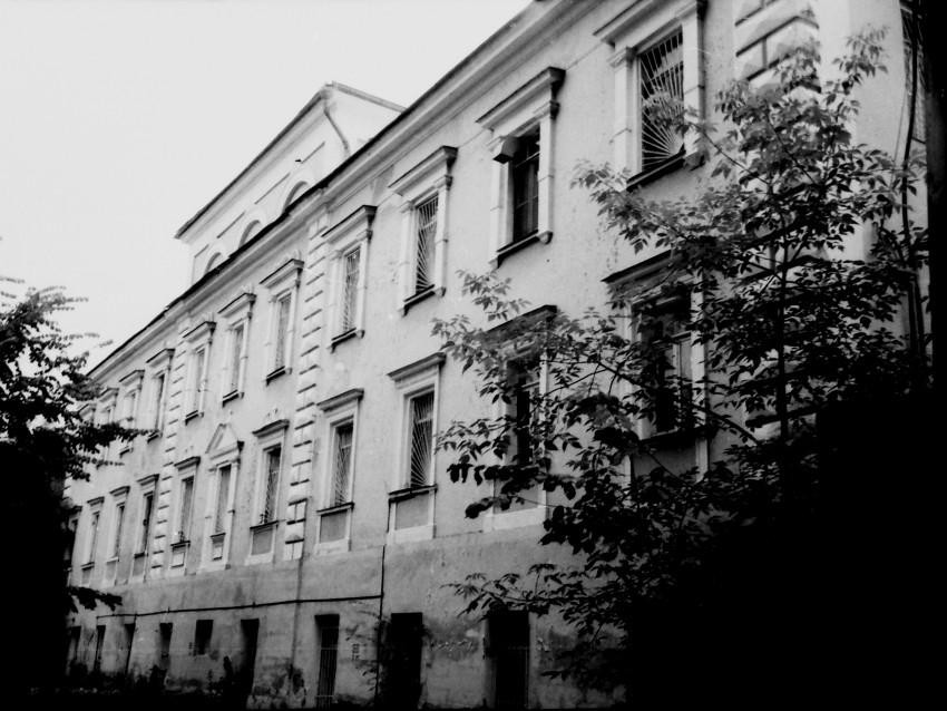 Николо-Берлюковская пустынь. Домовая церковь Всех Святых в старом настоятельском корпусе, Авдотьино