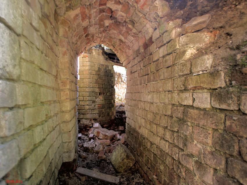 Николо-Берлюковская пустынь. Пещерная церковь Собора Иоанна Предтечи, Авдотьино