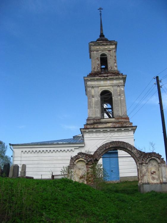 Церковь Покрова Пресвятой Богородицы, Поведь