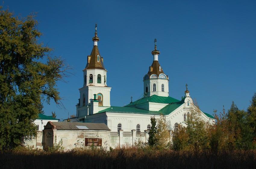 Самарская область, Самара, город, Самара. Церковь Петра и Павла, фотография. общий вид в ландшафте
