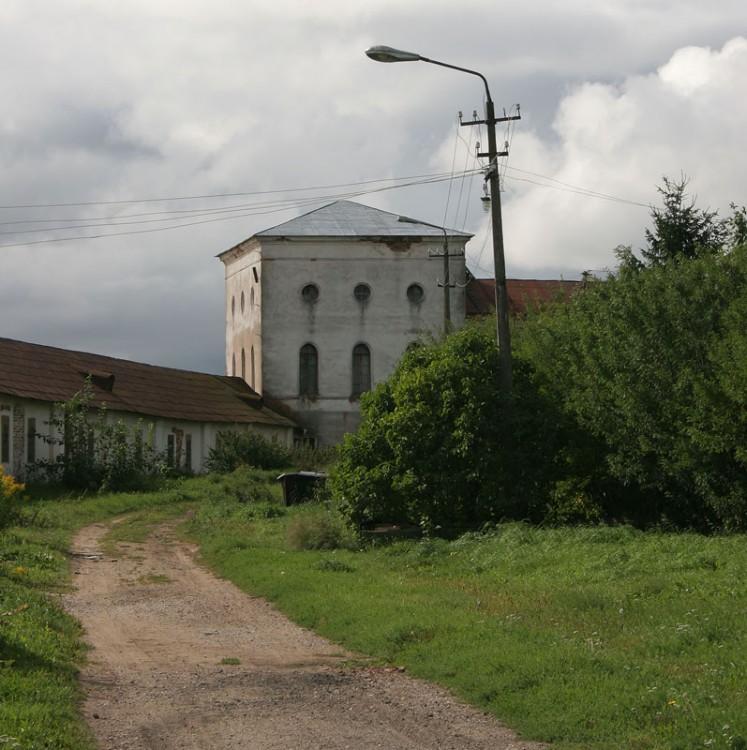 Юрьев мужской монастырь. Церковь Михаила Архангела, Юрьево