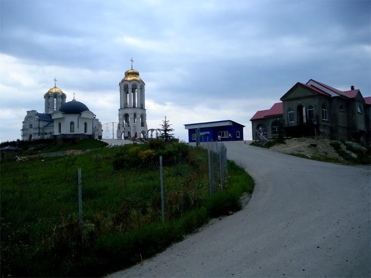 фото женские монастыри ставропольский край смена местоположения повлекла