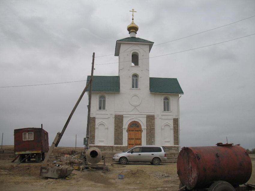 Казахстан, Восточно-Казахстанская область, Митрофановка. Церковь Петра и Павла, фотография. фасады, Западный фасад после ремонта