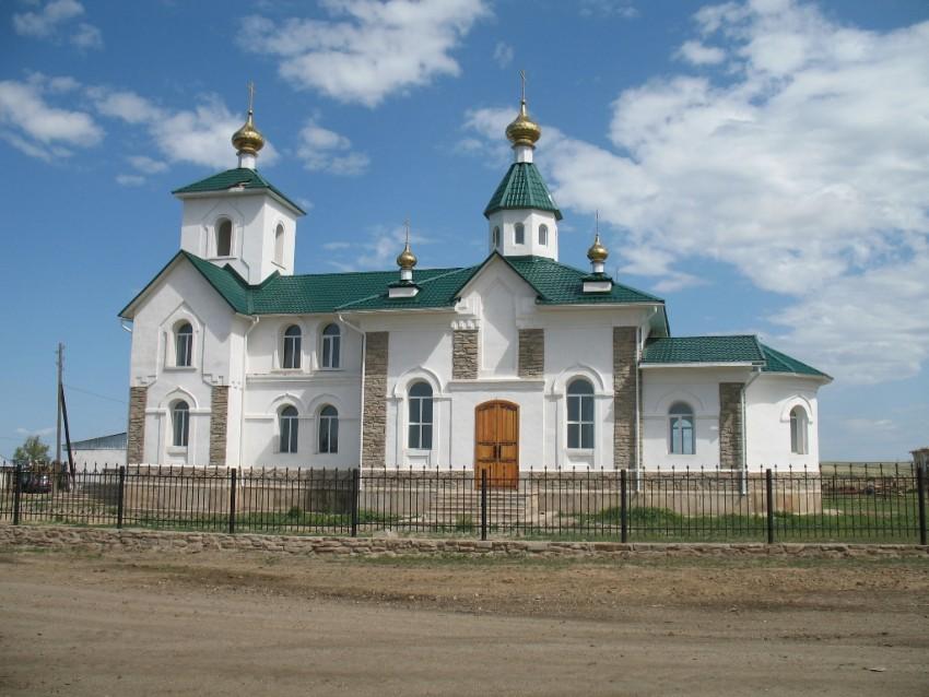 Казахстан, Восточно-Казахстанская область, Митрофановка. Церковь Петра и Павла, фотография. фасады, Южный фасад