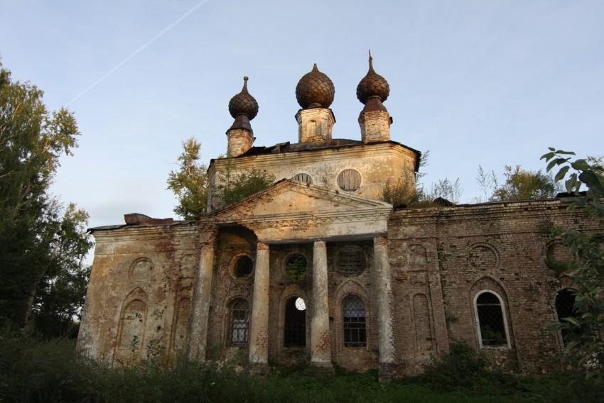 Церковь Покрова Пресвятой Богородицы, Власуново