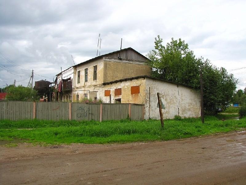 Церковь Михаила Архангела, Маклино
