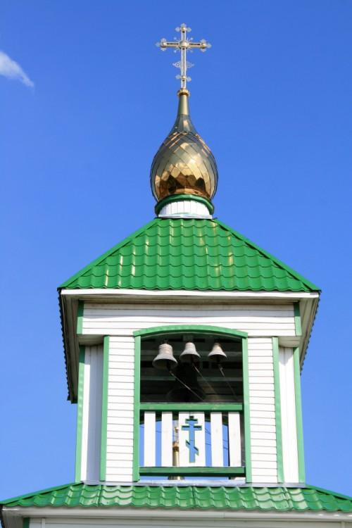 Республика Коми, Прилузский район, Спаспоруб. Церковь Троицы Живоначальной, фотография. фасады