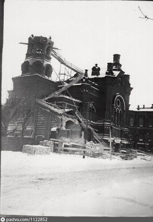Церковь Николая Чудотворца и Александры Римской при бывшей Мариинской женской гимназии, Пермь