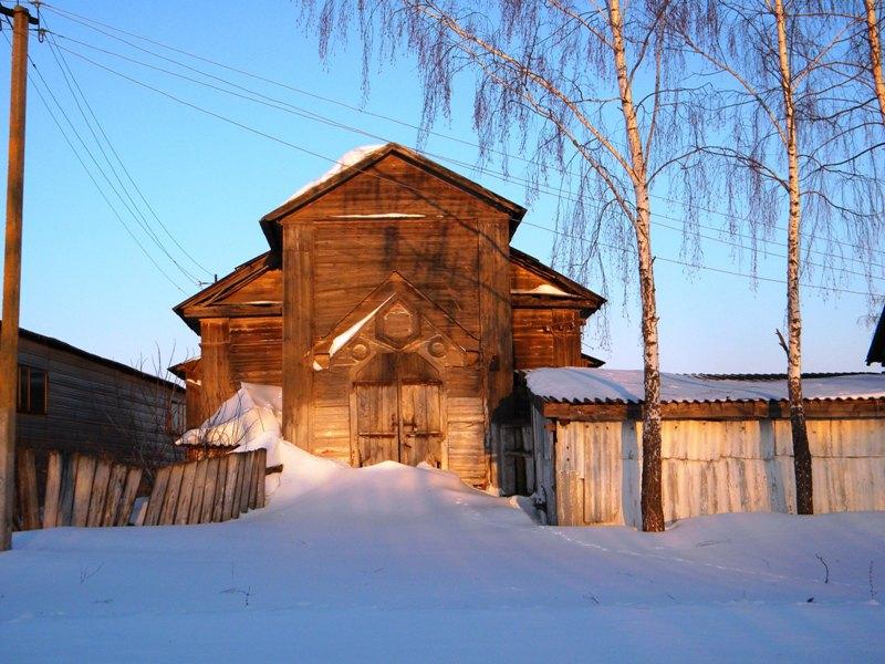 Церковь Михаила Архангела, Пороз