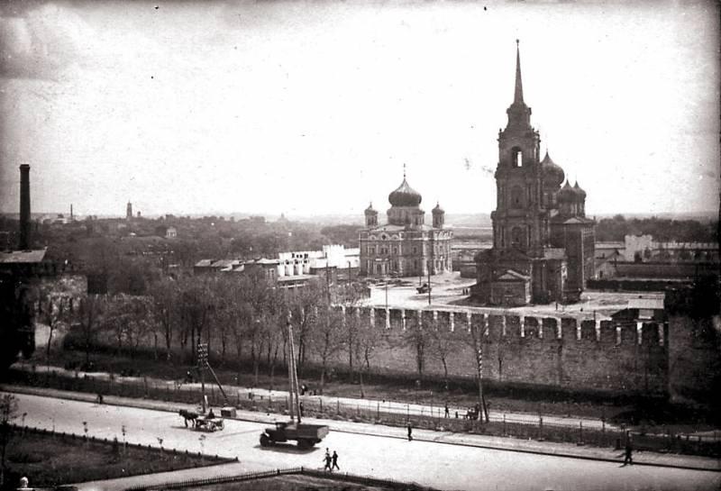 Тульская область, Тула, город, Тула. Кремль, фотография. архивная фотография, Фото с сайта tula-web.ru Фото 1930-40 гг.